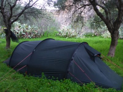 Camping next to Rethymno fortress